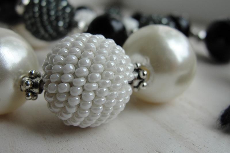 Best earrings for oval face shape